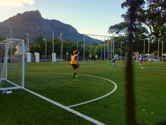 Let's start off the week right 💪⚽🔥