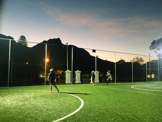 On Mondays, we start off the week with some competitive footy!